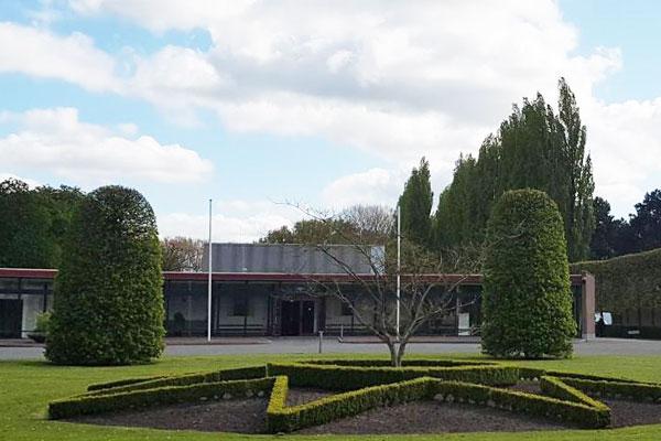 Uitvaartverzorging Yvonne Jonker Barendrecht, Oud-Beijerland en Rotterdam, Zuiderbegraafplaats - Rotterdam