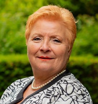 Yvonne Jonker uitverzorging, uitvaartverzorging Yvonne Jonker voor een uitstekend verzorgde uitvaart met begrafenis of crematie in Barendrecht, Oud-Beijerland, Hoekse-Waarde en Rotterdam, Zuid-Holland